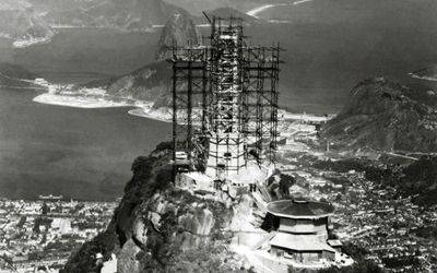 Construction of the statue of Corcovado