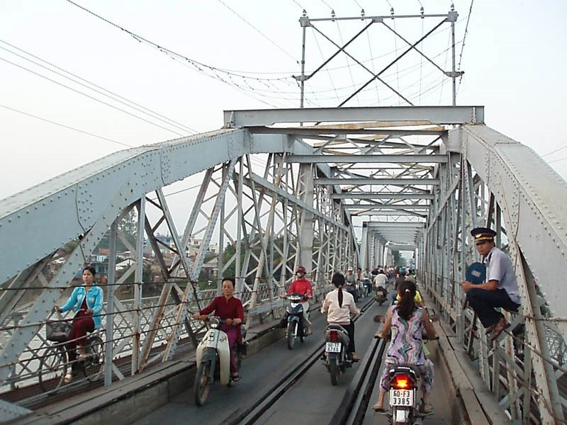 Rach-Cat Bridge, Viet Nam