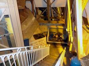 Access to machinery in the East pillar