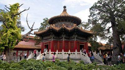 Pavilion of one thousand autumns