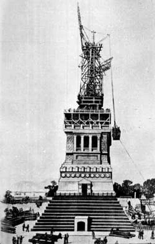 Assembly of the statue