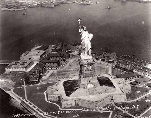 Liberty Island in 1927
