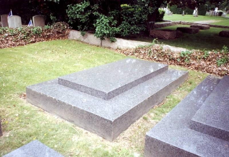 Tomb of Morris Hunt