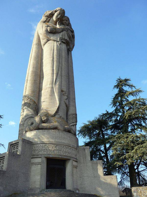 List of the highest statues of the World sorted by countries