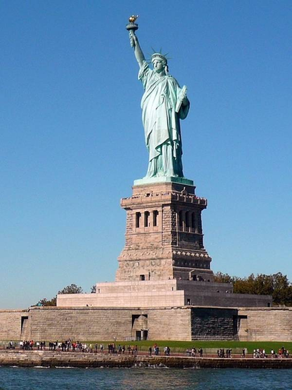 List of monumental statues in the World