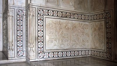 Floral patterns in the Taj Mahal