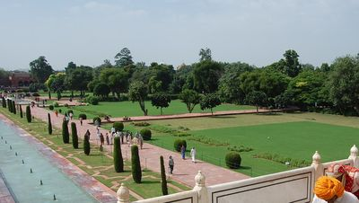 The gardens of the Taj Mahal